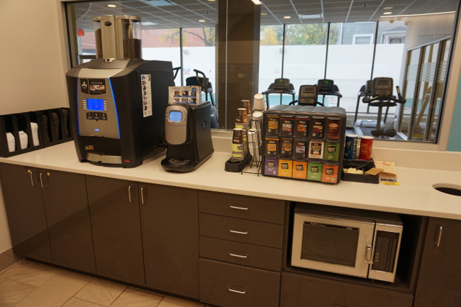 University Towers apartments offers U of M students free coffee and tea